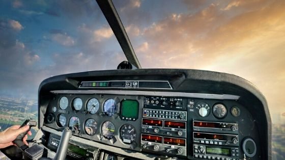 how to become a commercial pilot in india